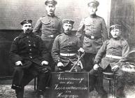 Erinnerungsfoto an das Zusammensein in Hagenau, Februar 1915 von links - Fritz Hunsinger, unbekannt, Philipp KiehL, Lehrer Rau und Philipp Koehler